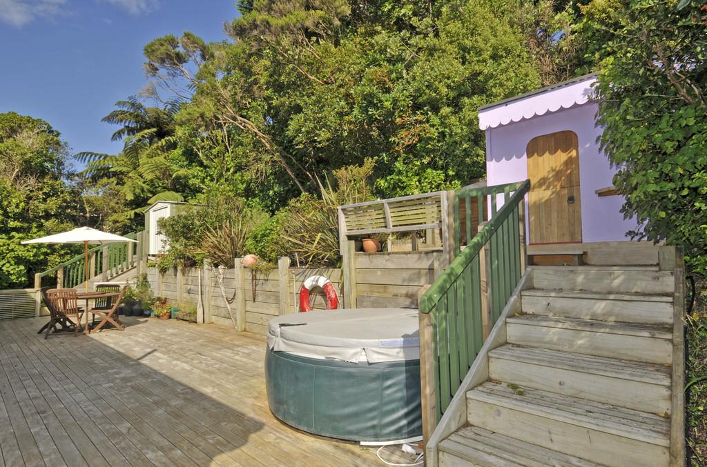Child's playhouse deck and steps - Wellington - by Grumpy Bob